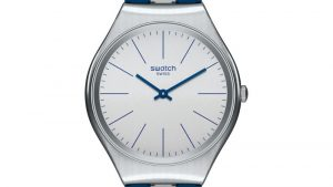 Swatch SYXS107 Skin Irony Unisex με λουράκι σιλικόνης μπλε γκρι και γκρι καντράν. Βρείτε το στο Ατόφιο στον Κορυδαλλό.